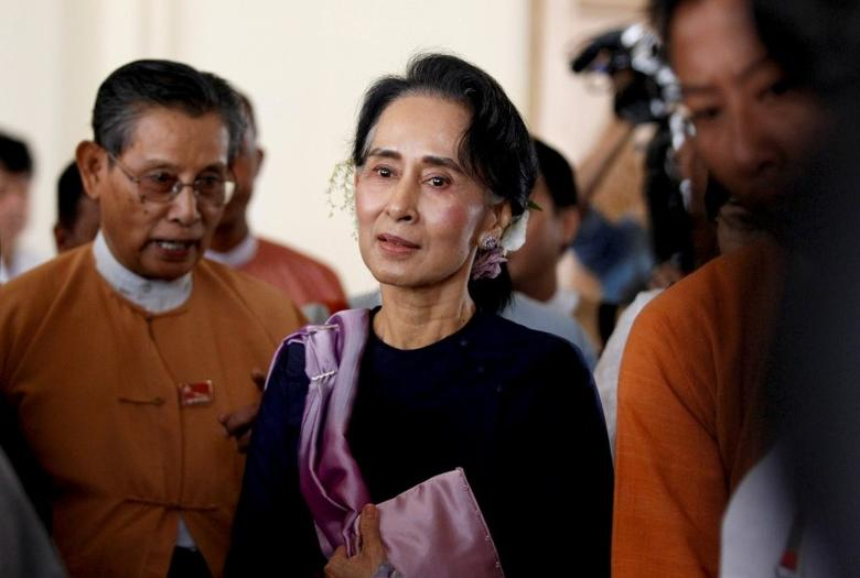 Myanmar's National League for Democracy leader Aung San Suu Kyi leaves after she attended as an observer for opening of the new upper house of parliament in Naypyitaw February 3, 2016. REUTERS/Soe Zeya Tun