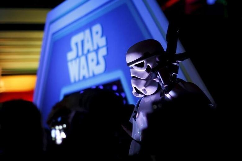 A character in costume takes part of an event held for the release of the film ''Star Wars: The Force Awakens'' in Disneyland Paris in Marne-la-Vallee, France, December 16, 2015. REUTERS/Benoit Tessier
