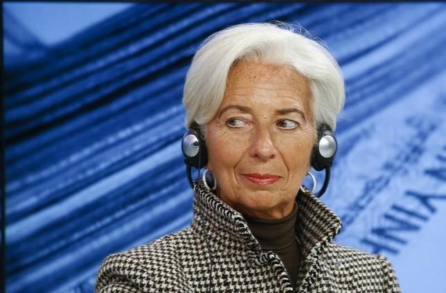 2月11日、IMFは声明で次期専務理事に現職のラガルド氏が指名されたと明らかにした。写真は1月21日、ダボスで(2016年 ロイター/Ruben Sprich)