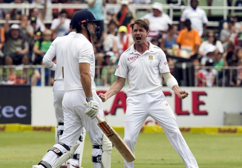 South Africa's Dale Steyn celebrates the wicket of England's Alistair Cook (L) during their first cricket test match in Durban, South Africa, December 26, 2015. REUTERS/Rogan Ward