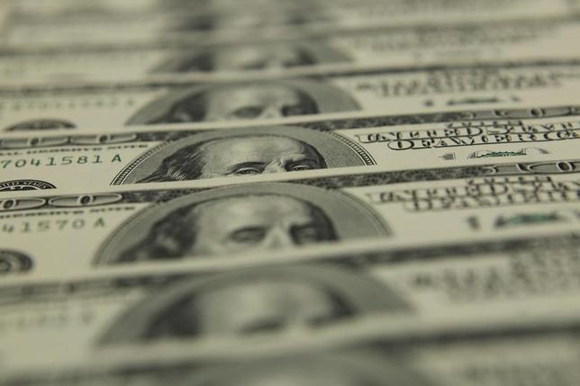 3月14日、米企業の年金運用は低金利や株安で打撃を受け、積み立て不足に悩まされている。写真はブダペストで2011年11月撮影(2016年 ロイター/Laszlo Balogh)