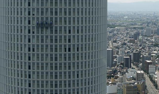 3月15日、日銀は、現行のマイナス金利付き量的・質的金融緩和政策(QQE)を維持した。これは賢明な判断だったと考える。名古屋で2013年7月撮影(2016年 ロイター/Toru Hanai)