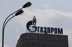Логотип Газпрома на здании офиса компании в Москве.  Еврокомиссия расследует дело о нарушении Газпромом антимонопольного закона при поставках газ в Болгарию, один из основных рынков сбыта российской газовой монополии, сообщила компания. REUTERS/Maxim Shemetov
