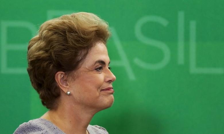 Brazil's President Dilma Rousseff smiles as she attends a meeting with jurists at Planalto Palace in Brasilia, Brazil, March 22, 2016. REUTERS/Adriano Machado