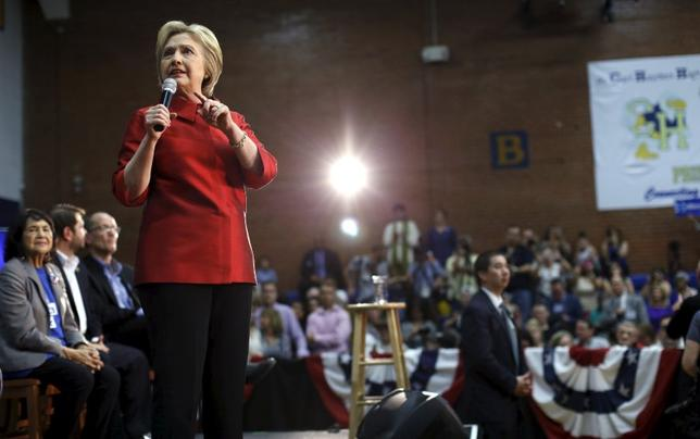 Democratic U.S. presidential candidate Hillary Clinton speaks at a campaign rally at Carl Hayden Community High School in Phoenix, Arizona March 21, 2016. REUTERS/Mario Anzuoni