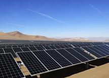 Solar panels of local mining company CAP are seen in the Atacama Desert June 5, 2014. REUTERS/Fabian Andres Cambero