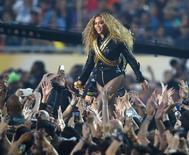 Beyoncé se apresenta no Super Bowl. 7/2/2016. Reuters/Robert Hanashiro-USA TODAY Sports