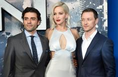 "Membros do elenco de ""X-Men: Apocalipse"" durante evento em Londres.   09/05/2016     REUTERS/Hannah McKay"