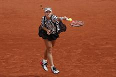Tennis - French Open - Roland Garros - Angelique Kerber of Germany vs Kiki Bertens of the Netherlands - Paris, France - 24/05/16. Angelique Kerber serves the ball. REUTERS/Benoit Tessier
