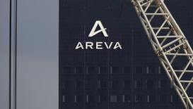 Les discussions entre Areva et son client TVO au sujet du réacteur nucléaire EPR en cours de construction en Finlande sont difficiles, selon une porte-parole du groupe français. /Photo prise le 8 mars 2016/REUTERS/Christian Hartmann