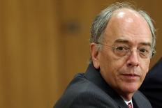 Novo presidente-executivo da Petrobras, Pedro Parente, em entrevista coletiva após anúncio de sua indicação 19/05/2016. REUTERS/Adriano Machado