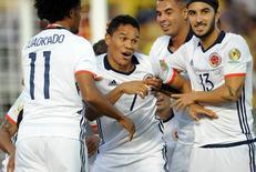 Jogadores da seleção colombiana comemorando gol em partida contra Paraguai na Copa América Centenário.      07/06/2016     Gary A. Vasquez-USA TODAY Sports