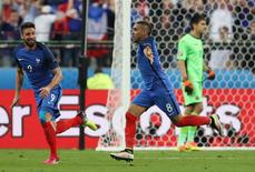 Football Soccer - France v Romania - EURO 2016 - Group A - Stade de France, Saint-Denis near Paris, France - 10/6/16 France's Dimitri Payet celebrates after scoring their second goal  REUTERS/Lee Smith