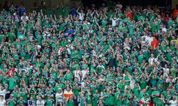 Torcedores da Irlanda do Norte durante partida da Euro 2016.    12/06/2016          REUTERS/Jean-Paul Pélissier