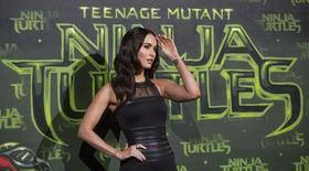 Atriz Megan Fox posa para fotos durante pré-estreia de filme da série Tartarugas Ninja em Berlim. 05/10/2014 REUTERS/Hannibal