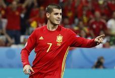 Alvaro Morata, da Espanha, comemora gol marcado contra Turquia pela Eurocopa em Nice, na França. 17/06/2016 REUTERS/Yves Herman