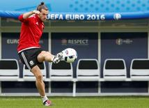 Gareth Bale during Wales training session. REUTERS/Carl Recine