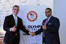 Feb 11, 2016; Los Angeles, CA, USA; City of Los Angeles mayor Eric Gracetti (left) and USA Track & Field chief executive officer Max Siegel pose during a press conference prior to the 2016 U.S.  Kirby Lee-USA TODAY Sports