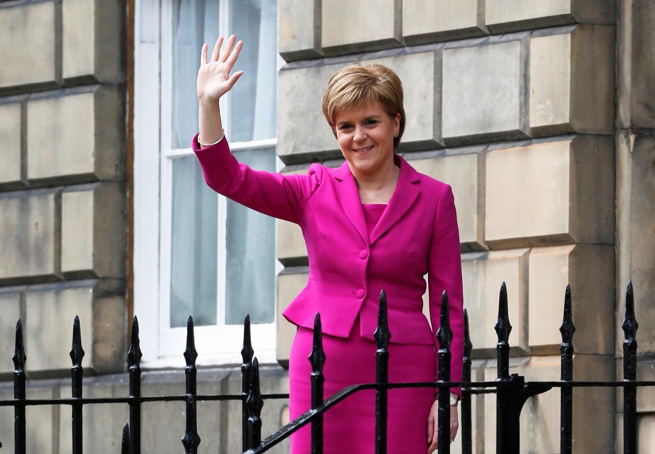After Brexit vote, Scotland's Sturgeon takes control