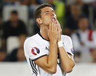 Mario Gomez em jogo da Alemanha contra a Itália.  2/7/16. REUTERS/Michael Dalder