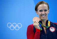 2016 Rio Olympics - Swimming - Victory Ceremony - Women's 100m Butterfly Victory Ceremony - Olympic Aquatics Stadium - Rio de Janeiro, Brazil - 07/08/2016.  Dana Vollmer (USA) of USA poses with her medal       REUTERS/David Gray