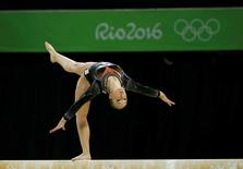 2016 Rio Olympics - Artistic Gymnastics - Final - Women's Balance Beam Final - Rio Olympic Arena - Rio de Janeiro, Brazil - 15/08/2016. Sanne Wevers (NED) of Netherlands competes.  REUTERS/Marko Djurica TPX IMAGES OF THE DAY.