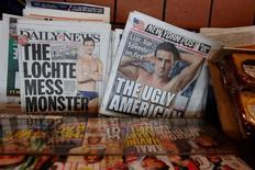 Capas de jornais dos EUA com críticas a Ryan Lochte. 19/08/2016 REUTERS/Lucas Jackson