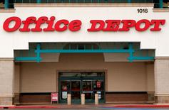 An Office Depot store is pictured in Encinitas, California, February 19, 2013.    REUTERS/Mike Blake/File Photo