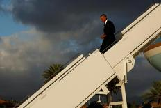 Obama desembarca do Air Force One no Havaí. 31/08/2016 REUTERS/Jonathan Ernst