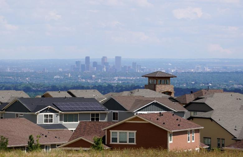 A construction site of new homes is seen with downtown Denver in the background at Leyden Rock in Arvada, Colorado August 30, 2016. REUTERS/Rick Wilking