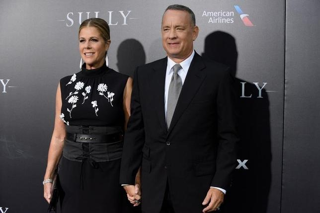 Actor Tom Hanks and his wife actress Rita Wilson attend the New York premiere of the film ''Sully'' in Manhattan, New York, U.S., September 6, 2016. REUTERS/Darren Ornitz