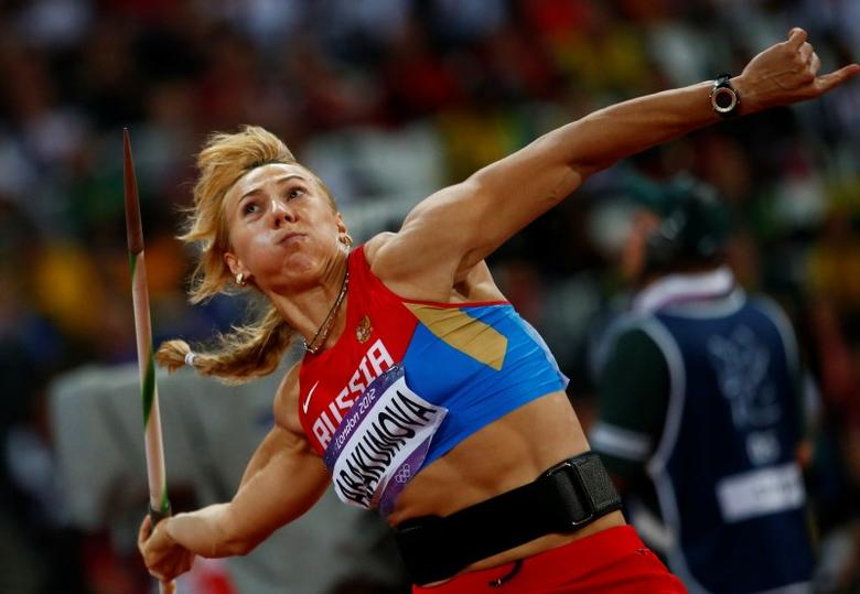 Russia's Maria Abakumova competes in the women's javelin throw final at the London 2012 Olympic Games at the Olympic Stadium August 9, 2012. REUTERS/Kai Pfaffenbach
