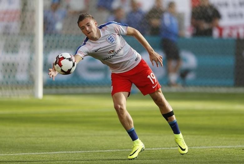 Football Soccer - Slovakia v England - 2018 World Cup Qualifying European Zone - Group F - City Arena, Trnava, Slovakia - 4/9/16England's Jamie Vardy warms up before the matchAction Images via Reuters / Carl RecineLivepic