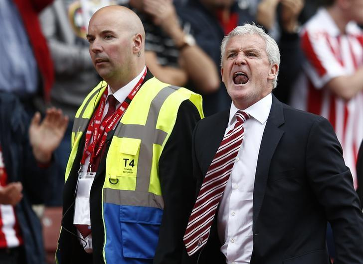 Britain Soccer Football - Stoke City v Tottenham Hotspur - Premier League - bet365 Stadium - 10/9/16Stoke City manager Mark Hughes reacts after being sent to the standsReuters / Peter NichollsLivepic