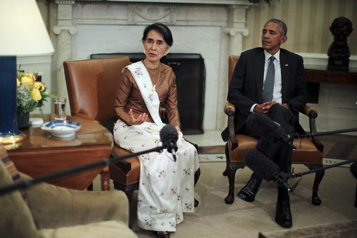 Myanmar's State Counsellor Aung San Suu Kyi talks to the media during a bilateral meeting with U.S. President Barack Obama at the Oval Office of the White House in Washington, D.C., U.S. September 14, 2016. REUTERS/Carlos Barria