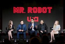 """Elenco da série """"Mr. Robot"""" durante evento na Califórnia.  14/01/2016       REUTERS/Danny Moloshok"""