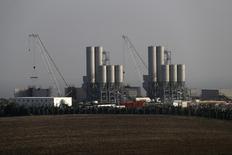 Атомная электростанция Hinkley Point C в Великобритании. General Electric Co сообщила, что получит $1,9 миллиарда за поставку паровых турбин, генераторов и другого оборудования для проекта Hinkley Point C, строительства первой атомной электростанции в Великобритании за несколько десятилетий.  REUTERS/Stefan Wermuth