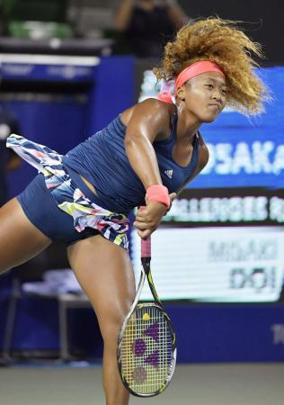 女子テニス大坂、初戦で土居破る