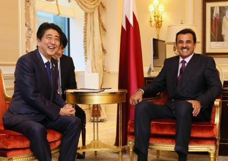首相、カタール首脳と会談
