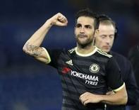 Fábregas comemora gol do Chelsea contra o Leicester City.  20/9/16.  Reuters / Darren Staples