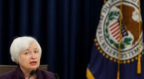 A chair do Federal Reserve, Janet Yellen, participa de coletiva de imprensa em Washington, U.S. 21/09/2016 REUTERS/Gary Cameron