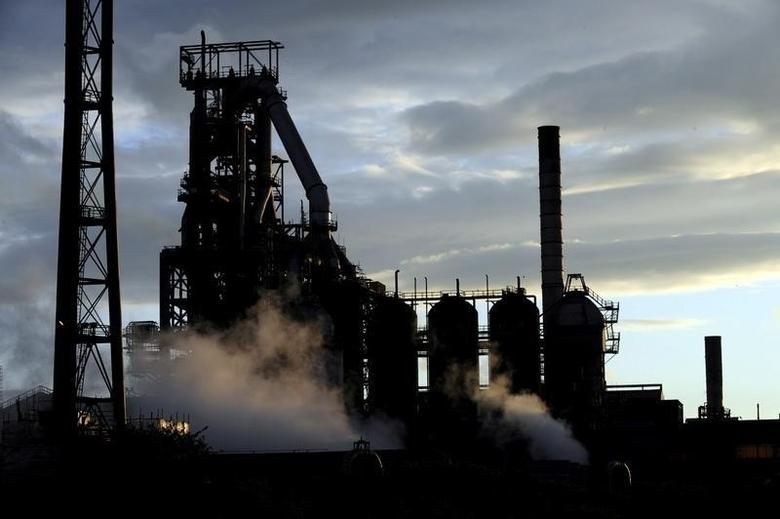 One of the blast furnaces of the Tata Steel plant is seen at sunset in Port Talbot, South Wales, May 31, 2013. REUTERS/Rebecca Naden/File Photo