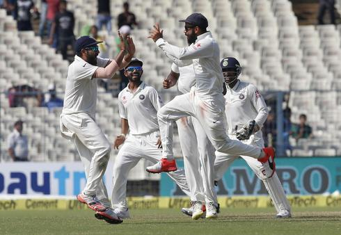 India beat New Zealand in Kolkata test