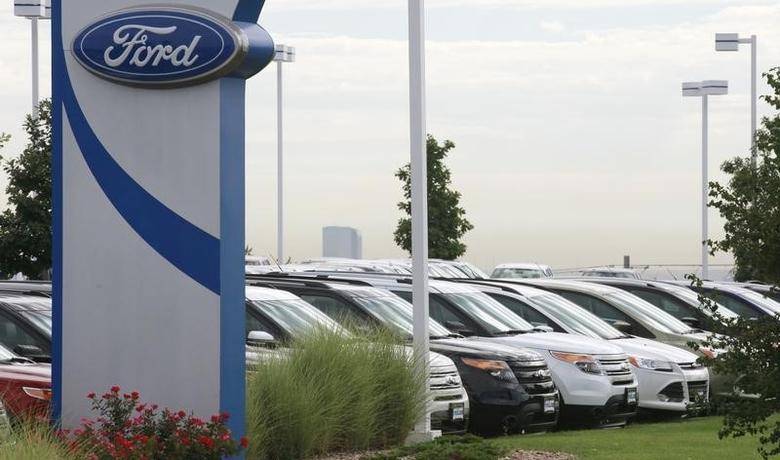 2013年9月4日,美国科罗拉多一家福特汽车经销商处停放的汽车。REUTERS/Rick Wilking