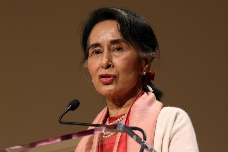 Myanmar's Minister of Foreign Affairs Aung San Suu Kyi speaks during an event at the Asia Society Policy Institute in New York City, U.S. September 21, 2016.  REUTERS/Bria Webb
