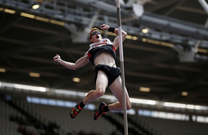 Athletics - IAAF Diamond League 2015 - Sainsbury's Anniversary Games - Queen Elizabeth Olympic Park, London, England - 25/7/15Canada's Shawn Barber in action during the men's pole vault finalReuters / Phil NobleLivepic