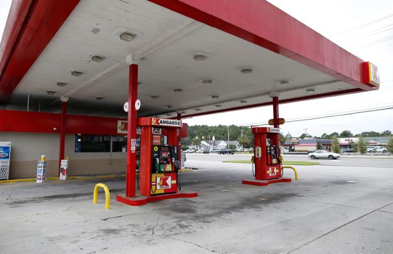 Photo shows an empty station sold out of gas in anticipation of Hurricane Matthew in Surfside Beach, South Carolina, U.S. October 5, 2016. REUTERS/Randall Hill