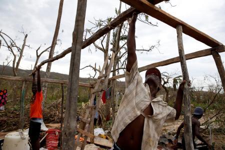米ハリケーンの死者280人以上