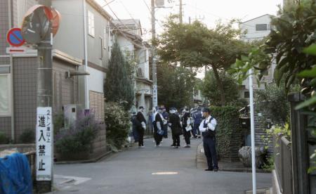大家の夫婦刺され死傷、東京