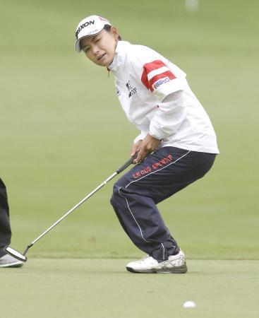 女子ゴルフ、横峯と宮里美14位